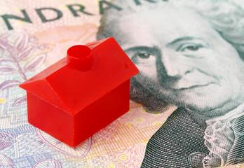 Litet rött hus på svensk sedel