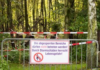 Sturmschaden betreten verboten