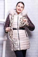 модная, теплая куртка