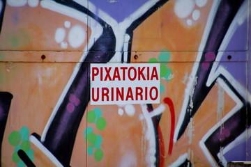 Pixatokia - urinario - urinoir