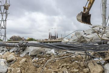Excavator and the Sagrada Familia