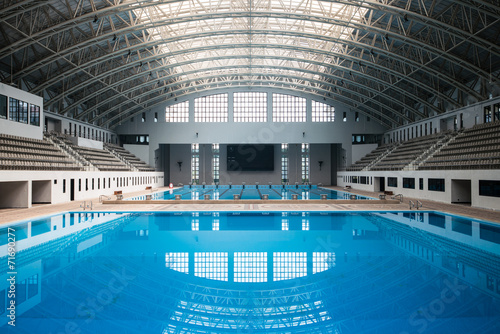 Fotobehang Stadion Empty swimming pool