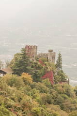Meran, Dorf Tirol, Castel Fontana, Burg, Vinschgau, Italien
