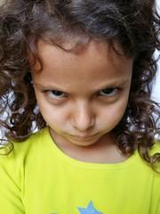 Bambina offesa