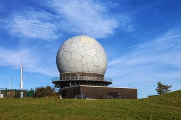Die Wasserkuppe Radarstation © Matthias Buehner