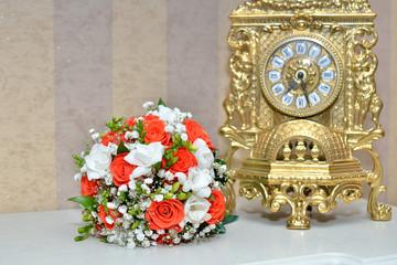 Букет невесты на камине
