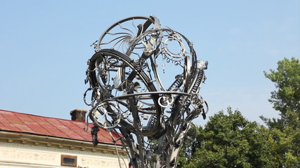 Upper carousel Twisting Forging Cities rotates, Ivano-Frankivsk