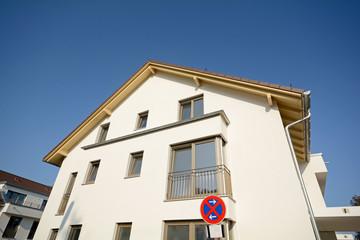 Giebel Wohnhaus - Bauarbeiten nach Fertigstellung