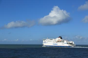 Bateau Ferry Port de Calais
