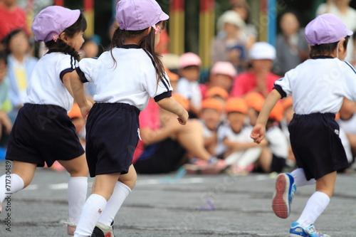 幼稚園の運動会(かけっこ)