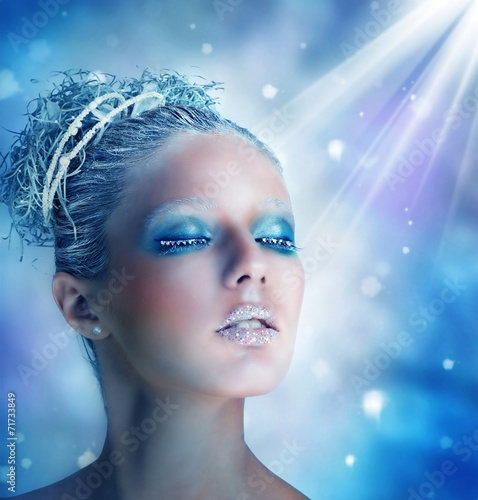 canvas print picture Winter makeup of a beautiful woman