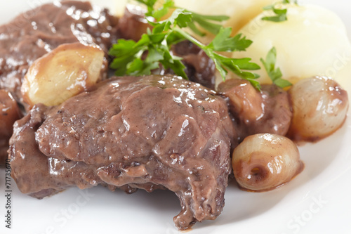 Papiers peints Assortiment Chicken in red wine with onions, mushrooms and bacon