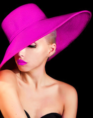 mysteruous lady in a hat