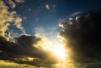Spectacular Cloudscape Sun Divine