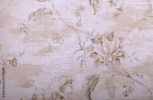 vintage beige wallpaper with shabby chic floral pattern © Inna Felker