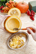 Leinwanddruck Bild - How to make a Thanksgiving centerpiece - step by step