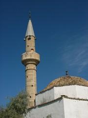 Minarett der kleinen Moschee in Alacati bei Cesme in der Türkei