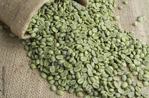 Foto op Canvas Koffie Green coffee beans