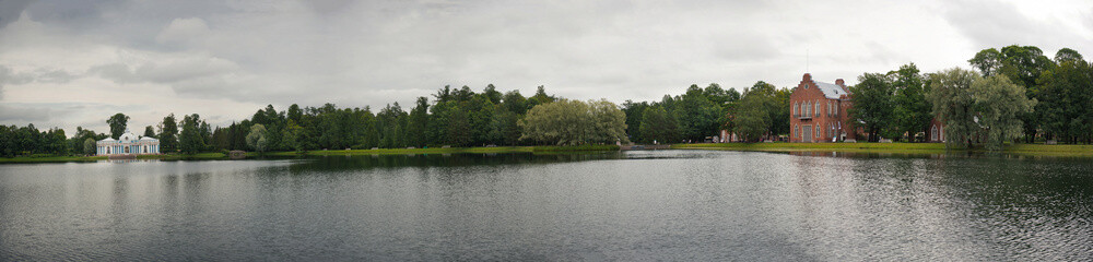 Lake panorama in Catherine Park 1166.