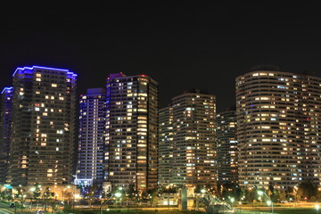 横浜みなとみらい21の高層マンション群(夜景)