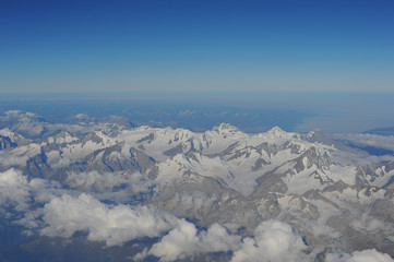 Vista aerea delle Alpi