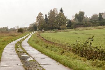Kolonnenweg eines ehemaligen Grenzverlaufs der DDR