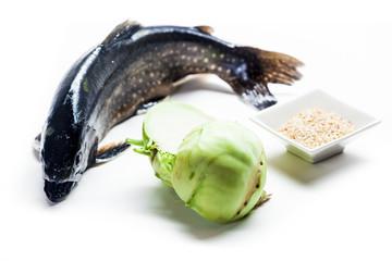 fisch mit kohlrabi