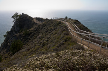 Observation platform on a cliff facing the Pacific ocean
