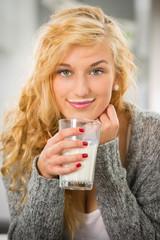 Blond_178