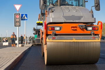 Intelligent Compaction for Asphalt Surface with Road Roller