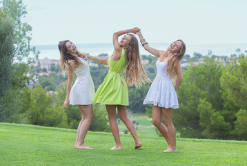 dance outdoors healthy girls in summer