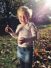 Glückliches Kind im Park