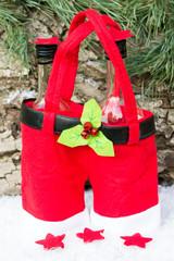 Weihnachtshose als Flaschenträger
