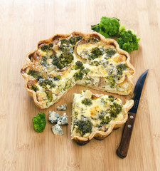tart with broccoli
