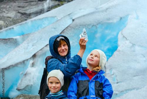 Family near Nigardsbreen glacier (Norway) - 71810667