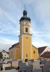 Kirche in Paulushofen...