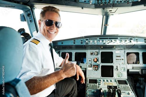 Leinwanddruck Bild Ready to flight.