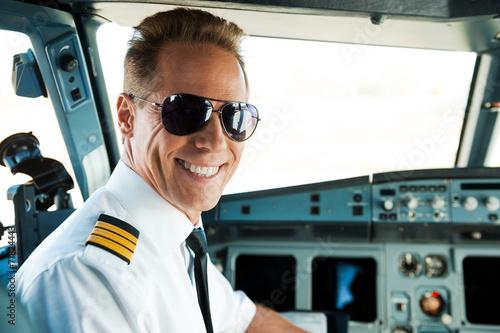 Leinwandbild Motiv Pilot in cockpit.