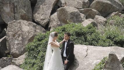 Bride passionately slaps her groom
