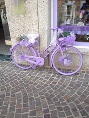 Lila Fahrrad