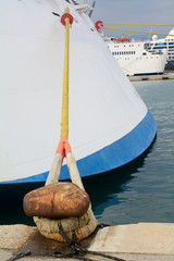 Festgemachtes Kreuzfahrtschiff