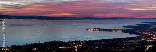 Leinwanddruck Bild Nachtpanorama Bodensee Lindau