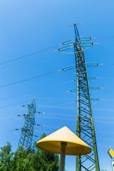 Gasleitung und Stromleitung