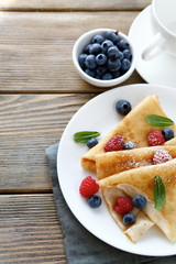 crepes with blueberries and raspberries