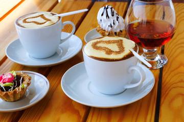 """Кофе """"Ля Мур"""",пирожное и коньяк"""