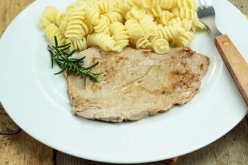 steak et pâtes