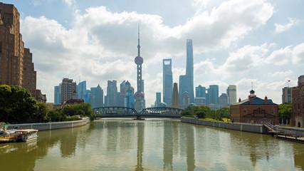 Shanghai im Dunst