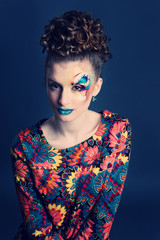 Bright and deep colors make-up