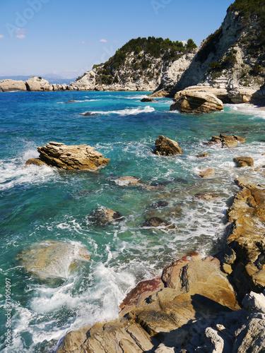 dzika-morze-zatoka-na-wyspie-paxos-w-grecja