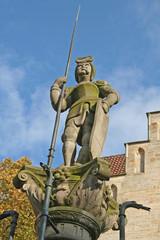 Hildesheim: Roland auf Marktbrunnen (Niedersachsen)